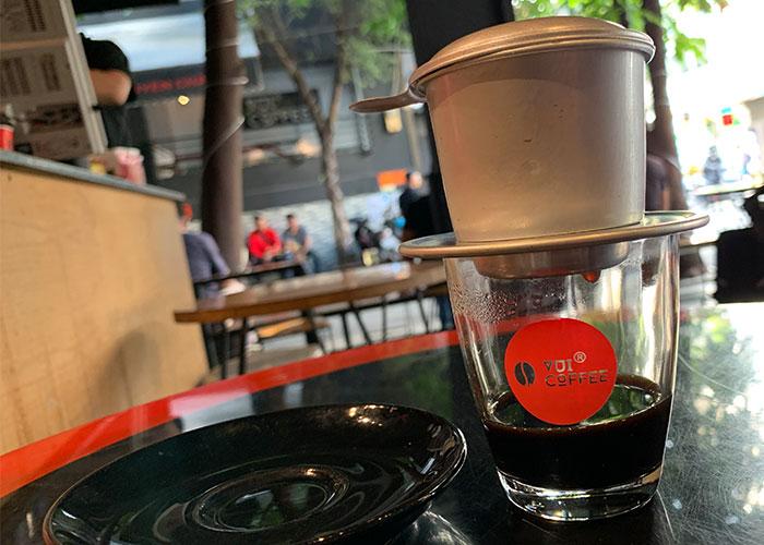Thức tỉnh đam về là slogan vui coffee