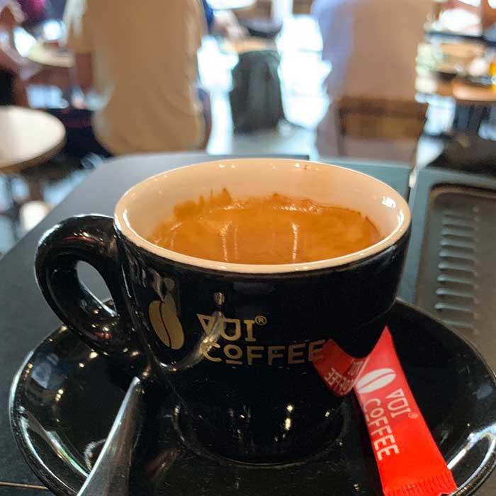Cà phê máy khác cà phê phin như thế nào?