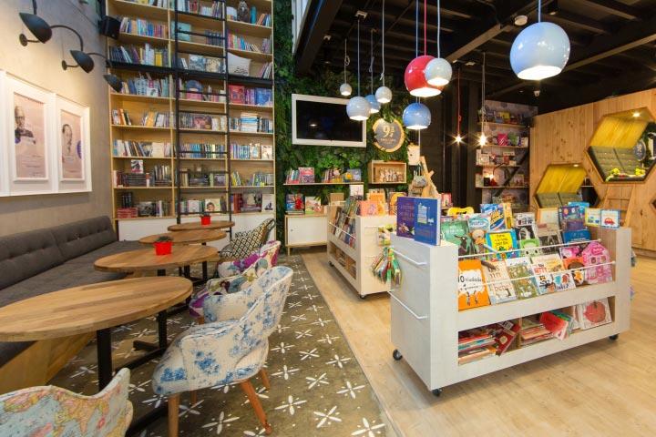 quán cà phê nhỏ phong cách cà phê sách
