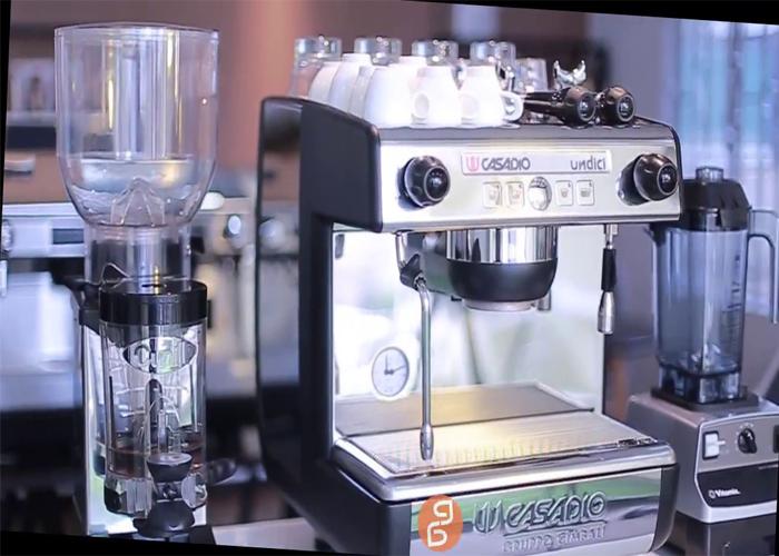 Máy pha cà phê tiếng Anh là gì 1