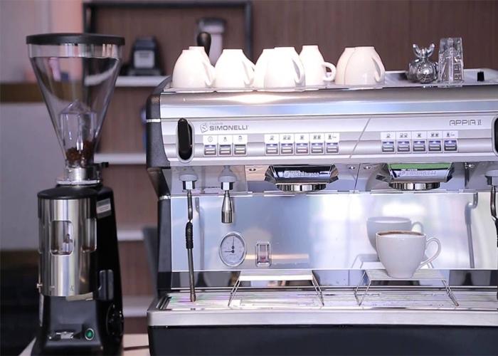 Máy pha cà phê dành cho quán nhỏ