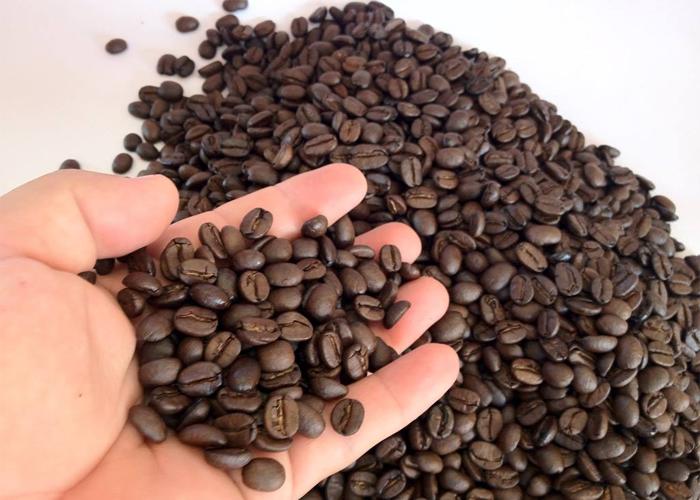 Cafe nguyên chất có màu gì?
